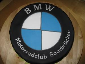 Reifentorte Frau Paulus Tortendrang Motivtorten Zubehör Tortendekorationen Kurse Cakeart Workshop Kaiserslautern Landstuhl Pirmasens BMW (1)