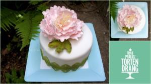 Torte mit Pfingstrose aus Blütenpaste