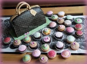 Torte Handtasche