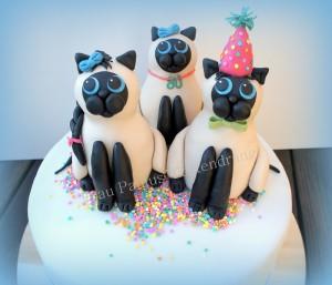 Tortendekoration-Katzen aus Rice-Krispies