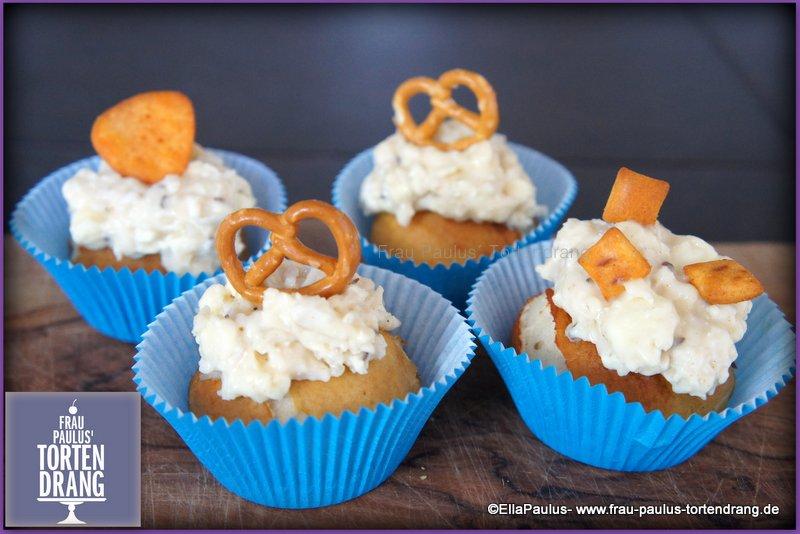 herzhafte oktoberfest cupcakes mit obazda topping frau paulus tortendrang. Black Bedroom Furniture Sets. Home Design Ideas