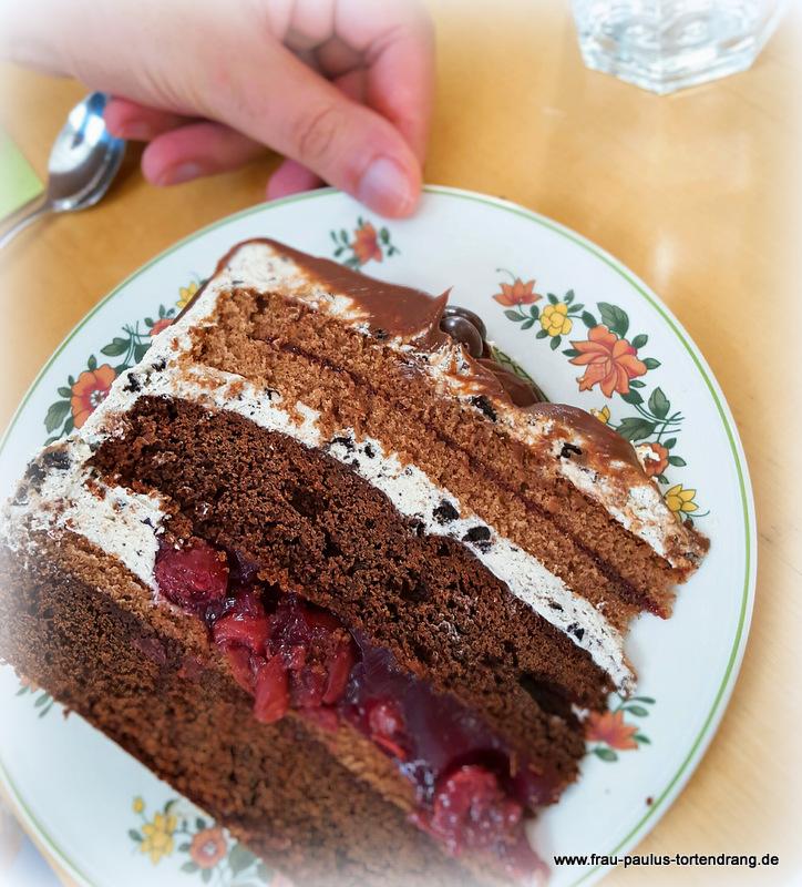 drip cake mit oreo creme rezept und anleitung frau paulus tortendrang. Black Bedroom Furniture Sets. Home Design Ideas