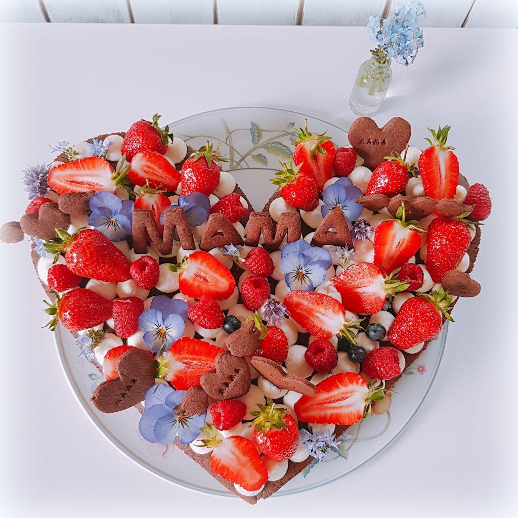 Torte Muttertag Frischkäse-Sahne-Creme